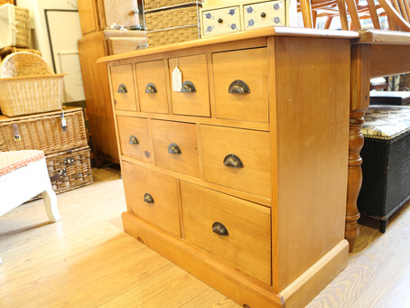 Pine Chest of Drawers - £135
