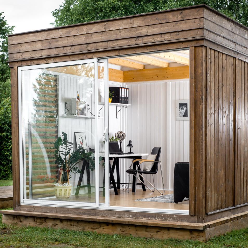 Versatile Garden Cube