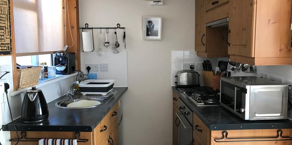 Chapel Cottage: Kitchen area
