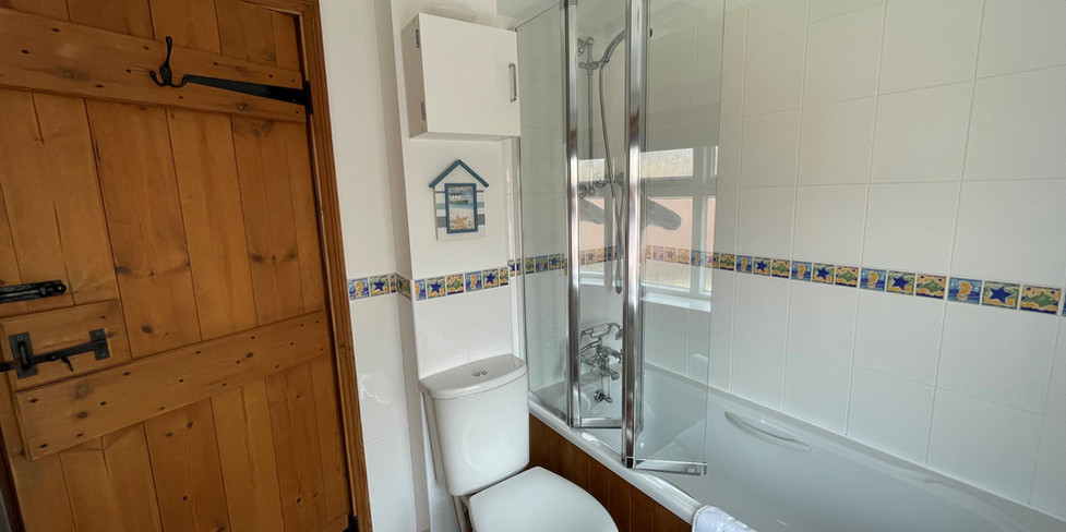 Chapel Cottage: Bathroom with shower