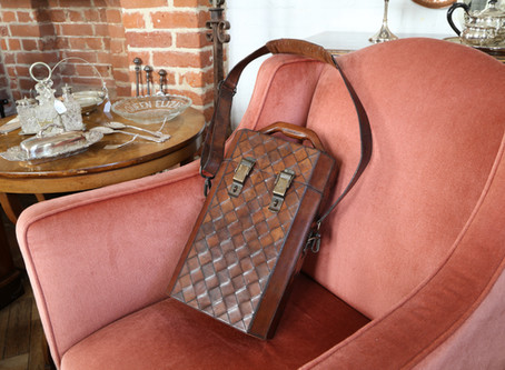 Leather Collectable Wine Carrier - £42