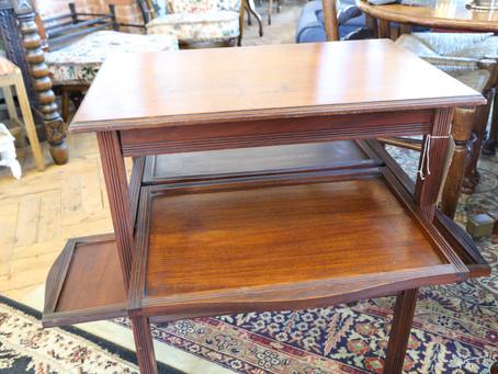Foldout Table - £60