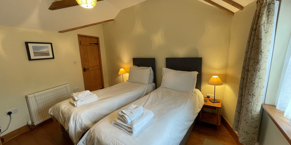Corner Cottage: Twin room