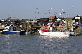 southwold-harbour-1680434_1920.jpg