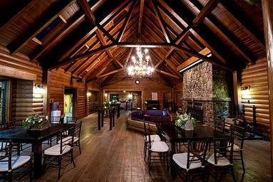 Lodge 2.webp