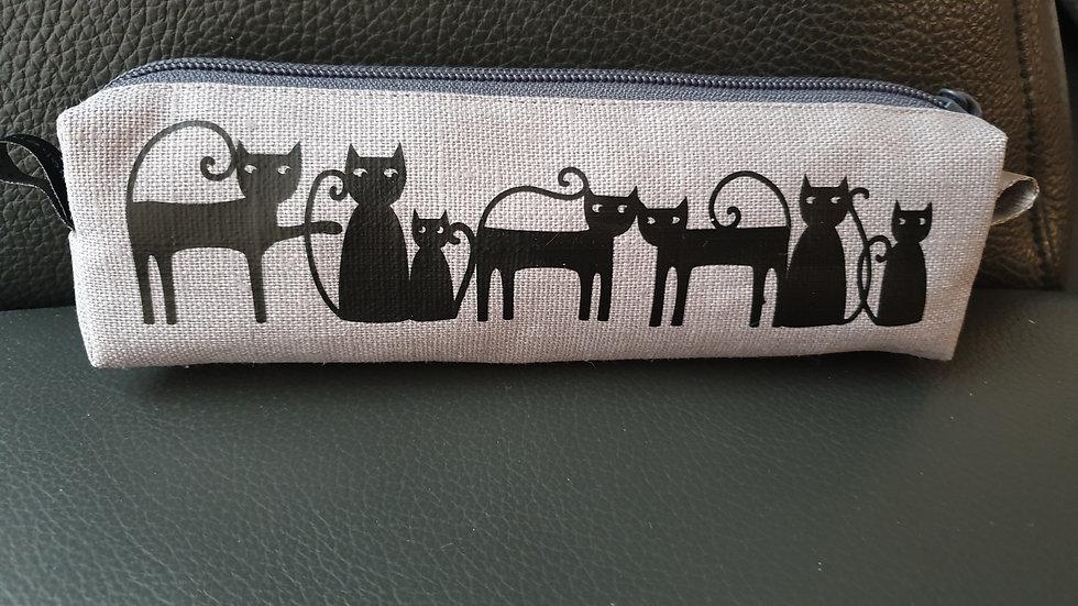 """Schreibetui Leinen grau mit Cats """"geplottet"""" schwarz"""