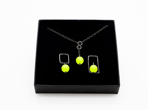 Modern Silver Jewellery Set with Yellow Beads