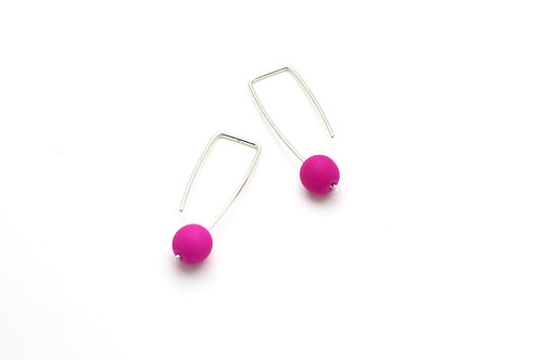 Short Silver Earrings with Color Bead