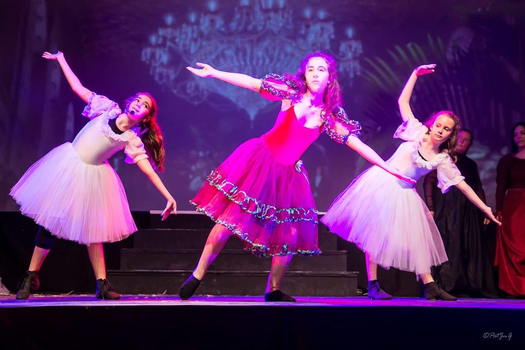 Spectacle de danse d'Hélène Barnum.