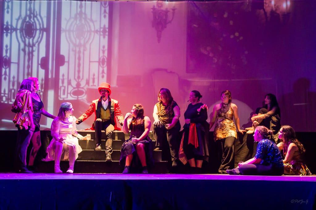 Barnum et sa troupe.