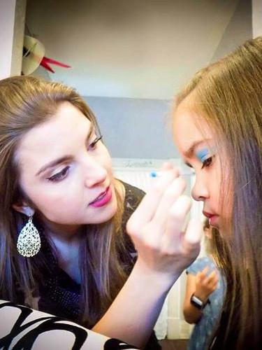 kids makeup .jpg