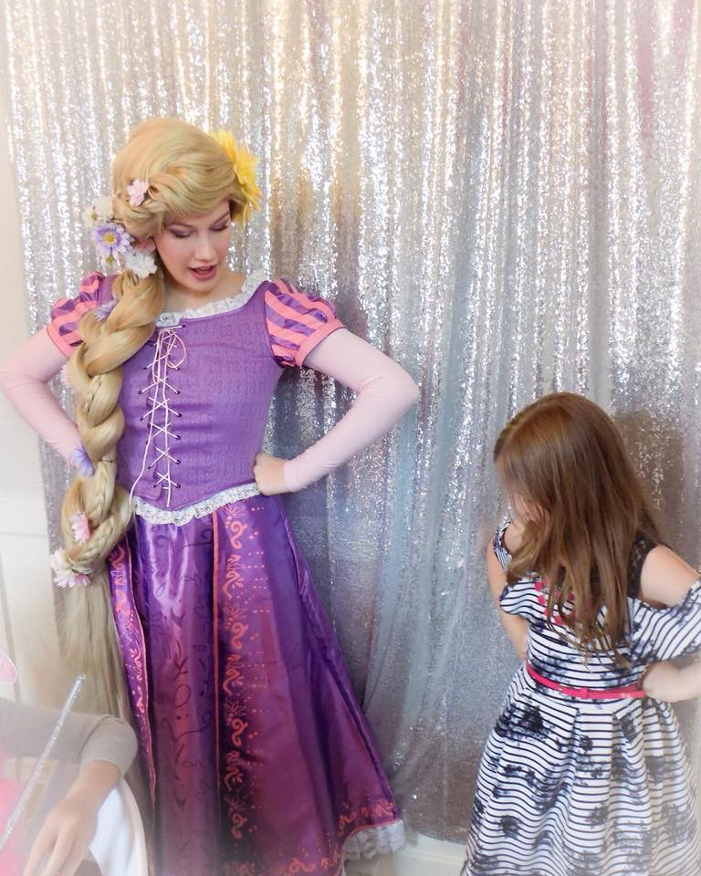 Rapunzel Princess teaches little princess how to stand with confidence