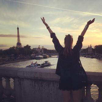 Pause in Paris