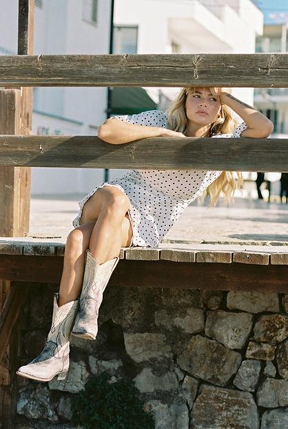 Gigi Hollanders October2019-82.jpg