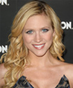 Brittany_Snow-113