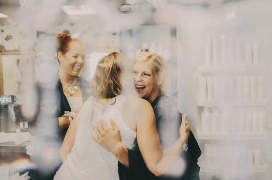 bröllopsfotograf Umeå kram