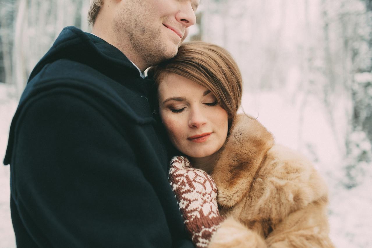 bröllopsfoto Västernorrland brudpar vinter
