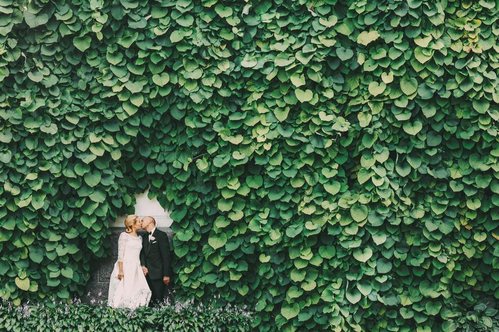 bröllopsfotograf Örnsköldsvik gröna blad