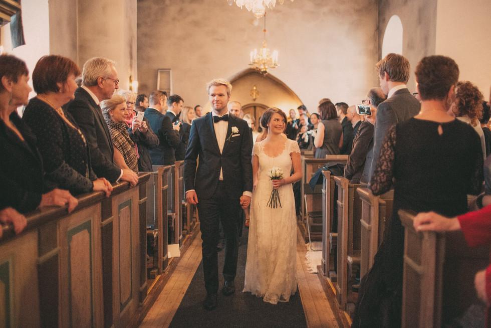 bröllopsfoto Sundsvall kyrkgång