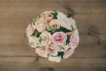 bröllopsfotograf blommor Härnösand