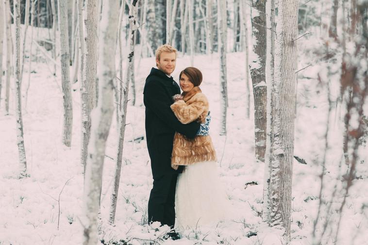 bröllopsfoto Sundsvall skog