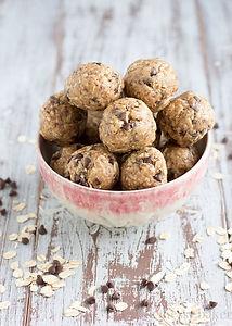 Peanut-Butter-Oat-Balls1.jpg