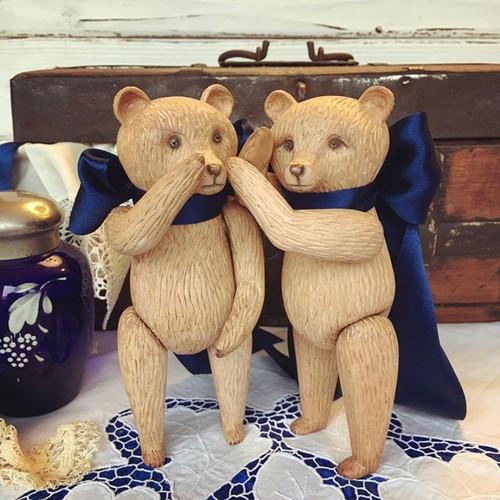 Медведи с лентами, 24см., липа