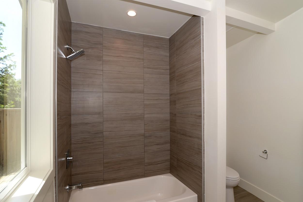 Ivy master bathroom 2