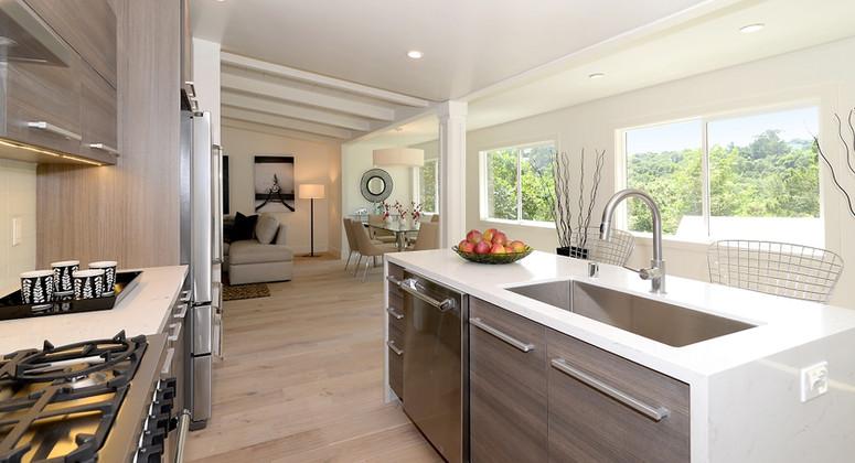 Ivy kitchen 2