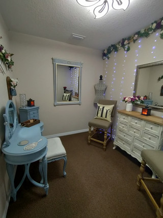 Port Charlotte Florida Wedding Chapel - Bridal Suite.jpg