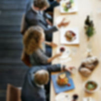 business-people-eating-lunch_edited.jpg