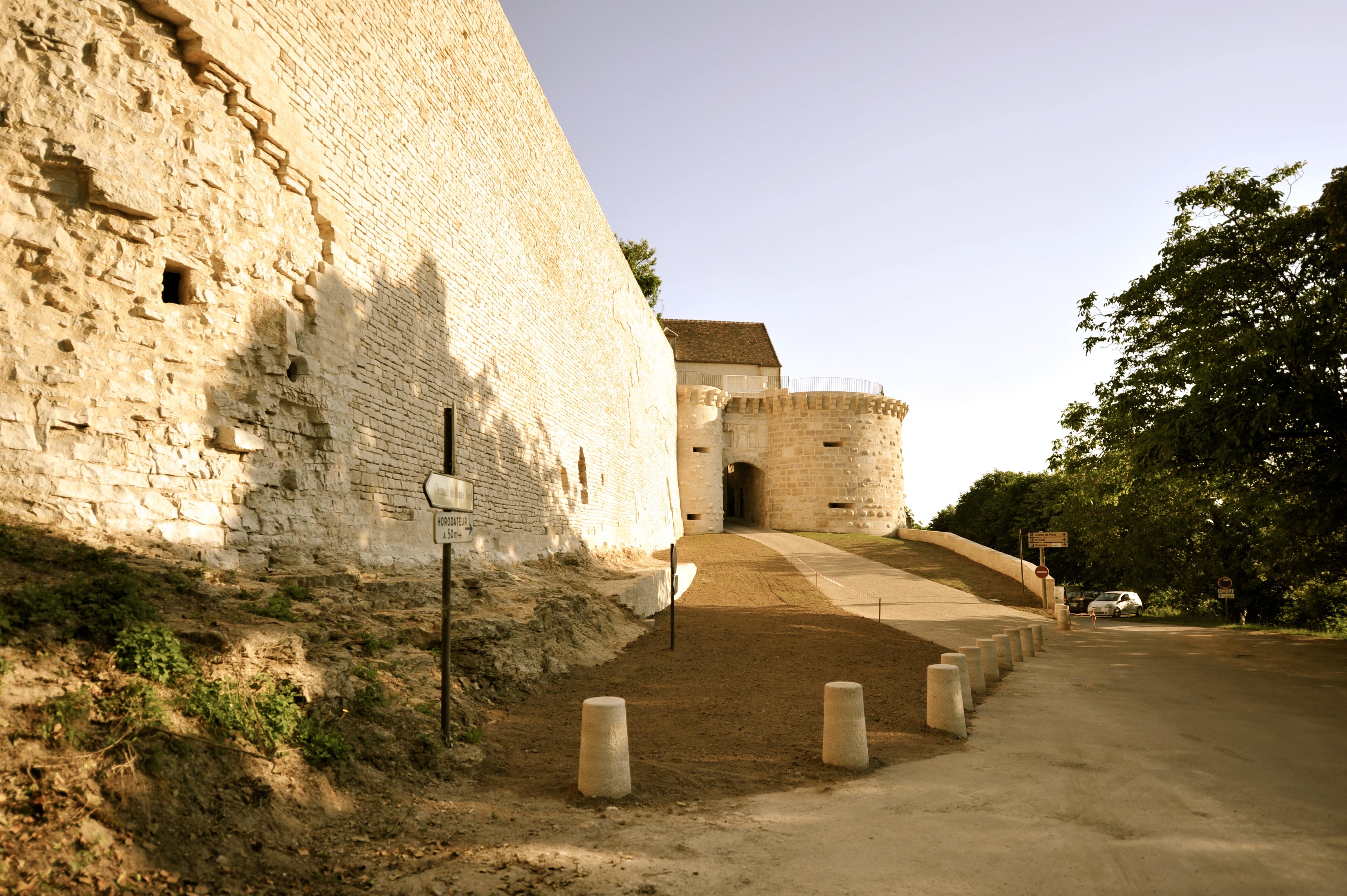 Porte Neuve rénovée en 2015