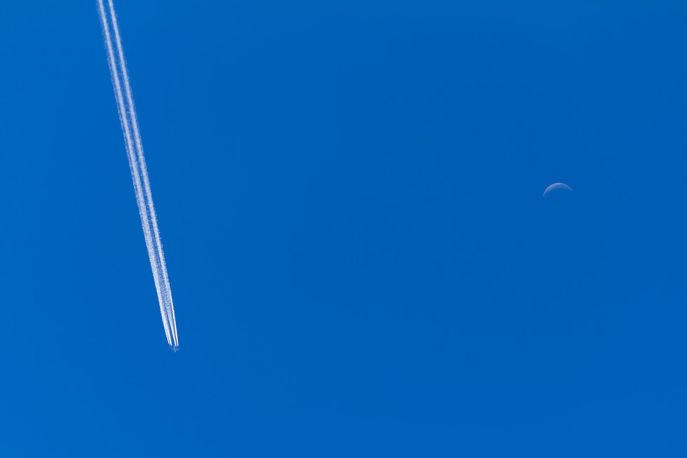 traces spuren aircraft flugzeug sky himmel blue blau