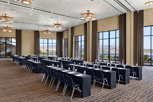 Arabella-Hotel-Golf-and-Spa-Meeting-Room