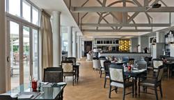 club_lounge_interior