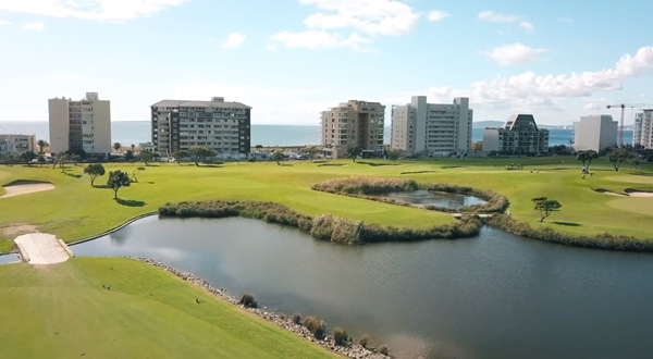 Metropolitan Golf Club 12
