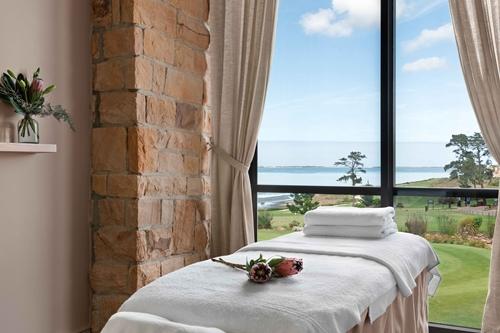 Arabella-Hotel-Golf-and-Spa-Spa-Treatmen