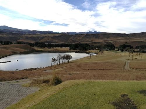 Drakensberg Gardens Golf Club Winter 8