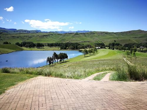 Drakensberg Gardens Golf Club Summer 13.