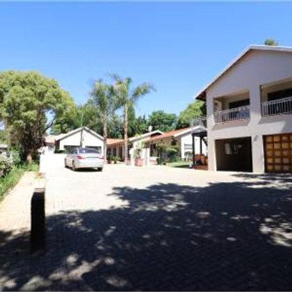Acasia Grove Guesthouse