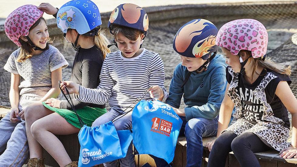 dertienduizend-nederlandse-schoolkindere