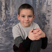 portrait d'un garçon de 8 ans