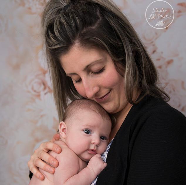 portrait de maman et sa petite fille