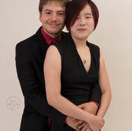 portrait de couple enlacé