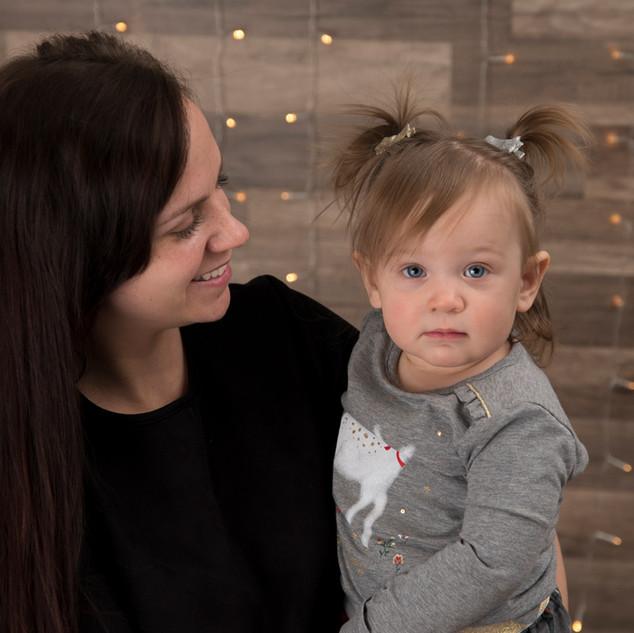 séance photos d'une maman et sa petite fille