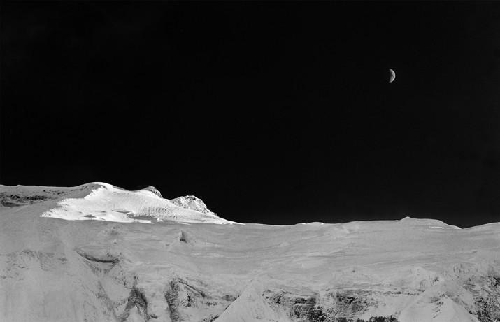 MOONRISE, ANNAPURNA IV, NEPAL