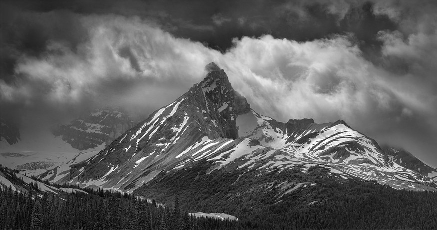 MT ATHABASCA, CLEARING STORM