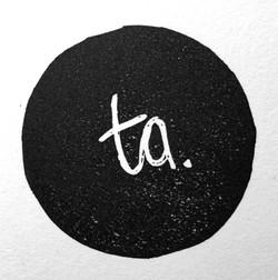 """""""traciart"""" logo"""