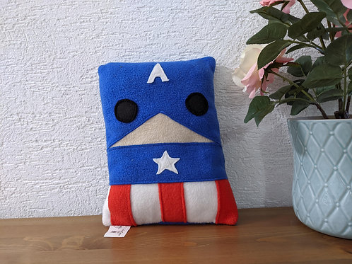 כרית בהשראת קפטן אמריקה - הנוקמים.