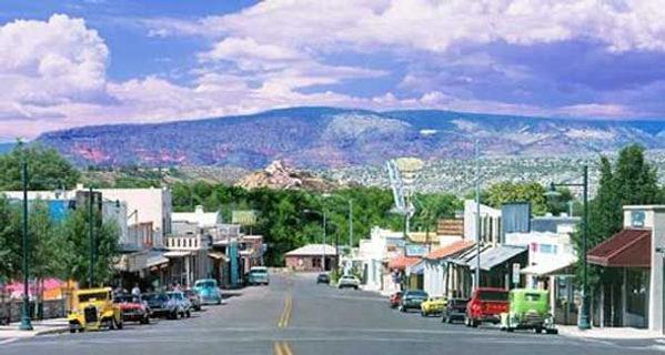 Cottonwood AZ street.jpg
